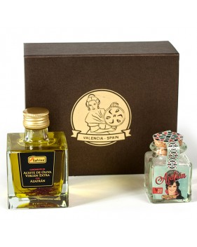 Gift box with oil and saffron filaments